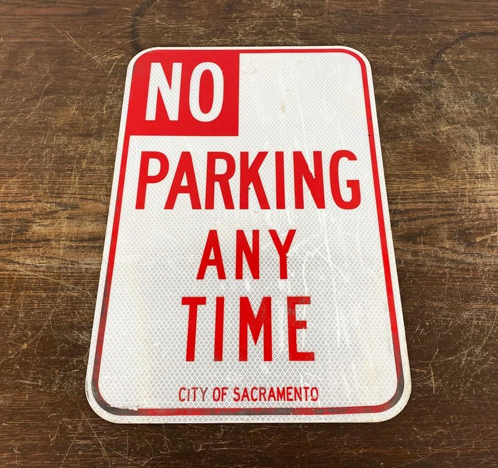 Original USA Schild - No Parking Any Time Verkehrsschild