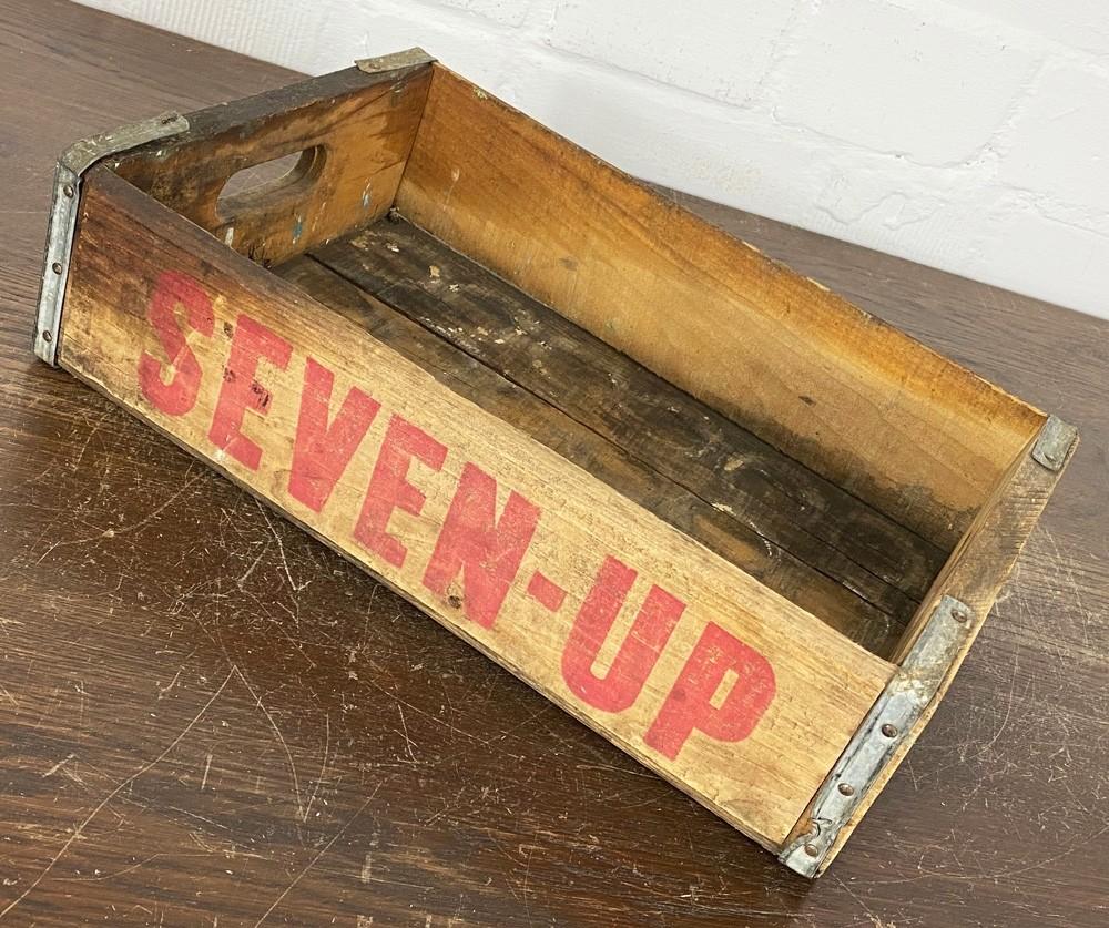 Original Soda Crate - Seven Up Getränkekiste