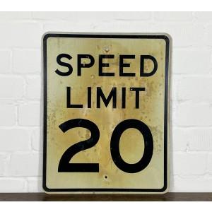 Speed Limit 20 Verkehrsschild