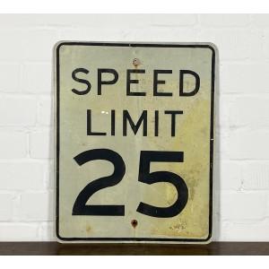 Speed Limit 25 Verkehrsschild
